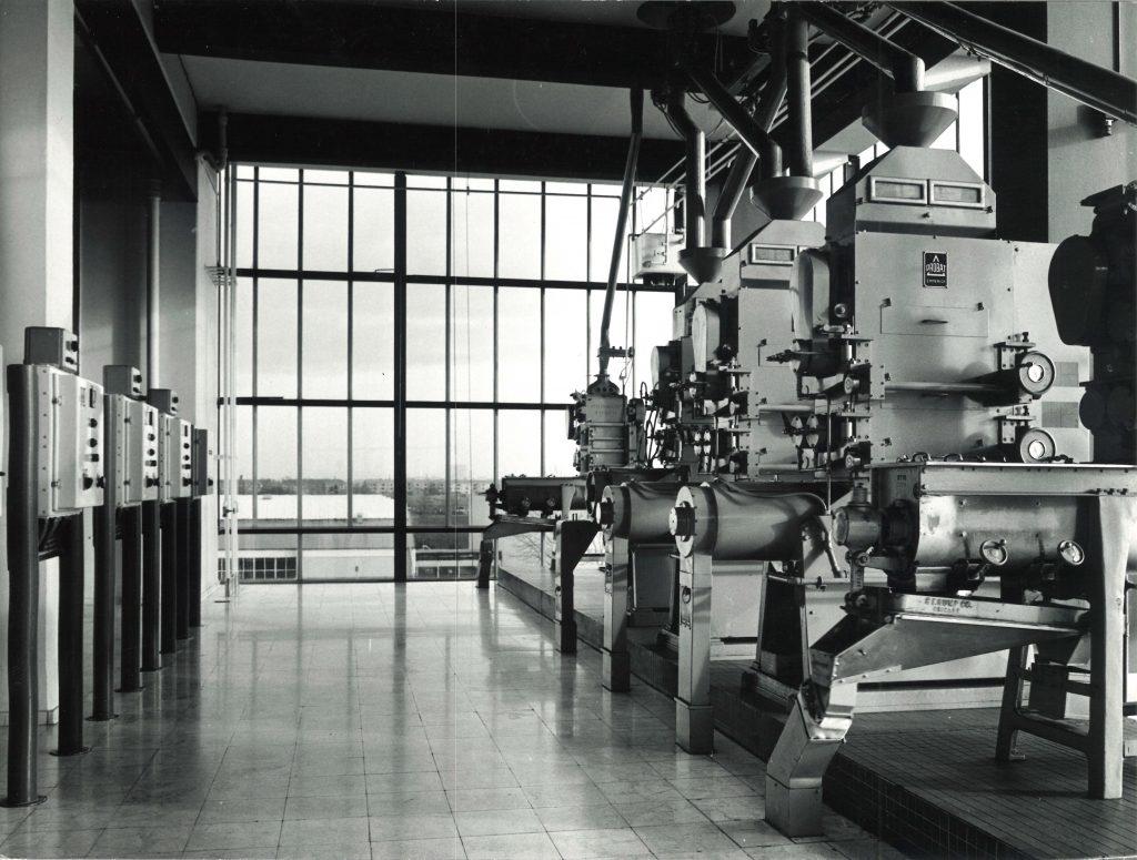 Moinhos UW801 nas instalações da IAMA em Copenhagen - Dinamarca em 1971.